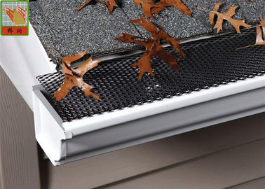 Free Sample Plastic Construction Netting Black PE Gutters Cover Easy Install 5MM * 5MM Hole Szie